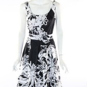 WHBM White House Black Market Size 8 Dress
